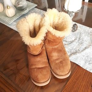 Ugg boots size 9